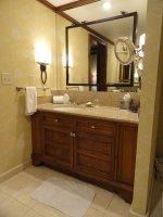 Badezimmerspiegel mit Beleuchtung – eine richtige Möglichkeit, die sich über wachsende Interesse von Frauen auf dem ganzen Welt freut